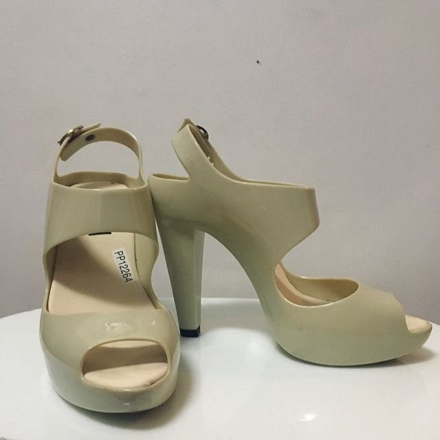 Off White Jelly Heels