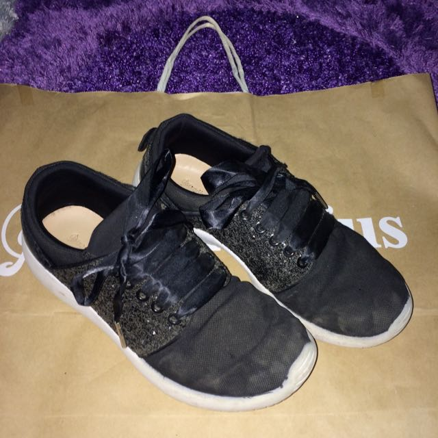 Stradivarius Black Shoes