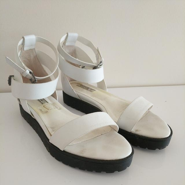 Tony Bianco Lyndsay White Leather Sandles