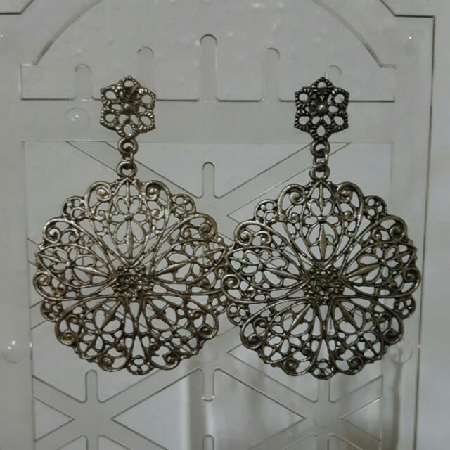 Unbranded Silver-Grey Earrings (with intricate design)