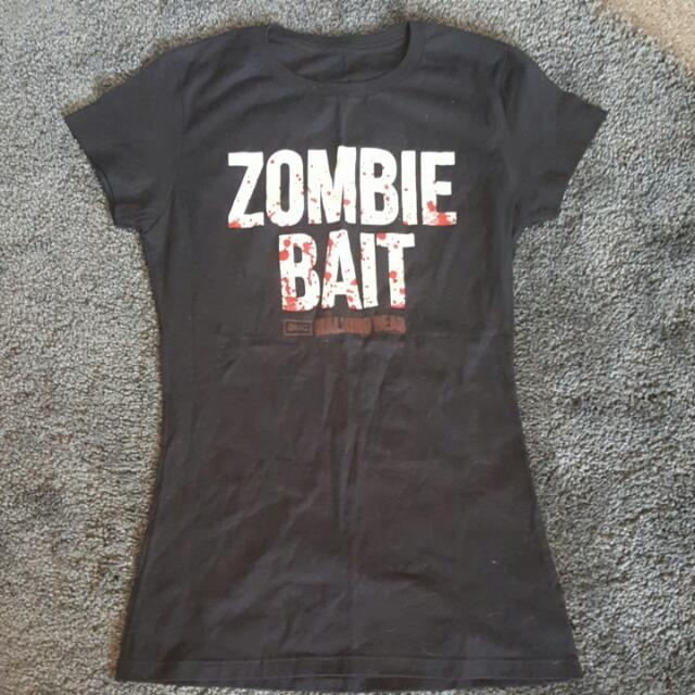 Walking Dead T-shirt.