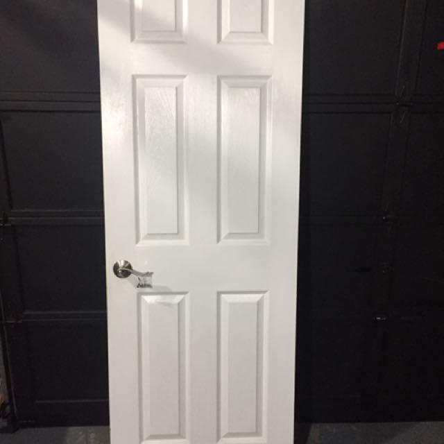White Panel door complete setup w/lock