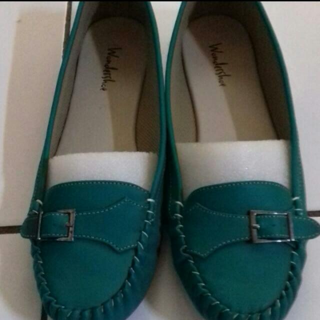 Wondershoe Flatshoes