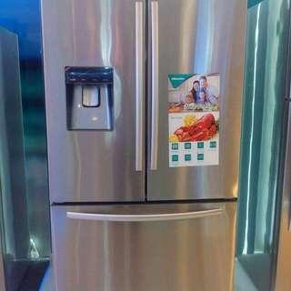 Brand new HISENSE French Door Refrigerator 19cuft.