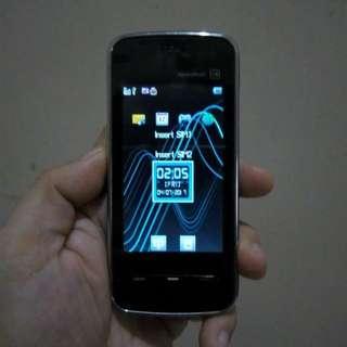 Nokia 5800 and G3 China phone