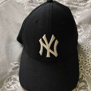 Yankees Hat Size Small-Medium