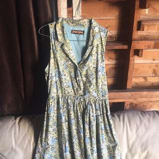 Vintage Button Up Flower Dress
