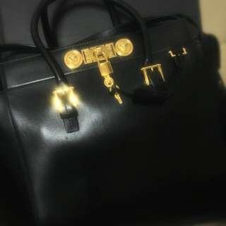 #idotrade Versace Signature Turnlock Bag