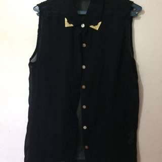 Black Top - Folded & Hung