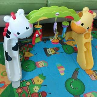 Musical Fisher Price Newborn To Toddler Play Gym Toy 音樂玩具