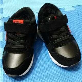 加絨 運動鞋