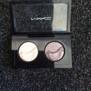 Mac Extra Dimension Eyeshadow Duo