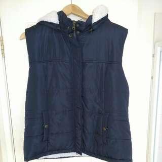 Caroline Morgan Navy Puffer Vest