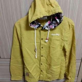🚚 土黃內裡花紋 可當襯衫和外套 男S 西門購入