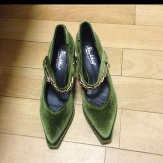 歐美時尚復古尖頭粗跟鞋