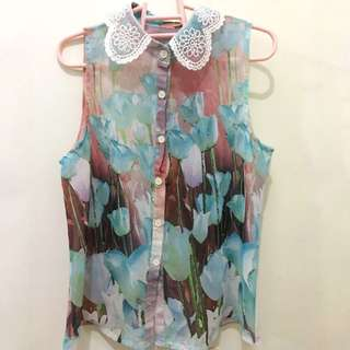 Semi-sheer Floral Sleeveless Top w/ Lace Collar