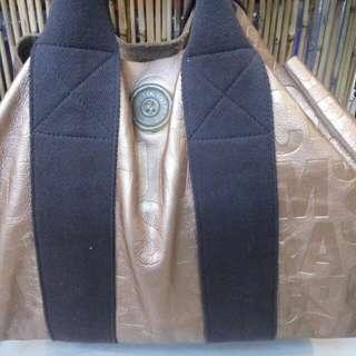 grand MJ tote gold bag