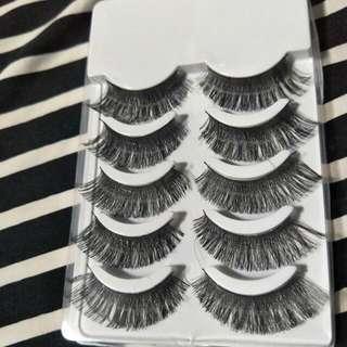 Eyelashes Code H01