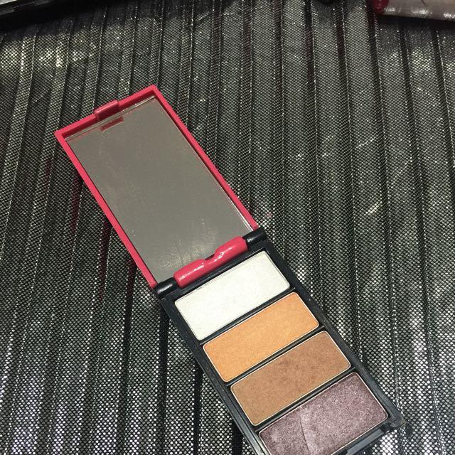 4u2 Dream Girl Reflection Quattro Eyeshadow Palette
