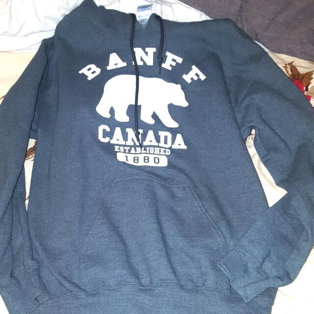 BANFF hoodie From Vancouver