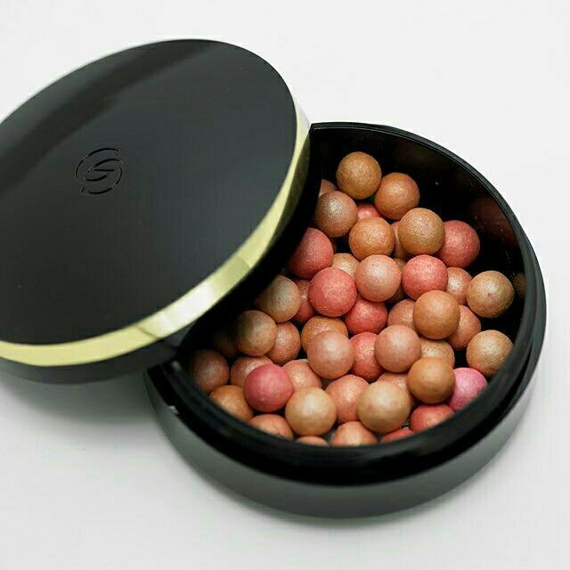 Blush On Gordani Gold Pearls