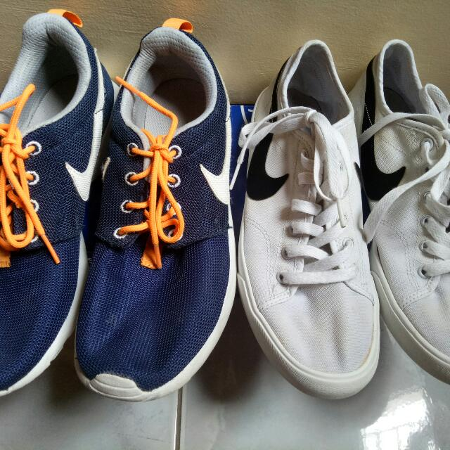 ❗REPRICED❗(Bundle) Authentic Roshee run and Limited Edition white shoes