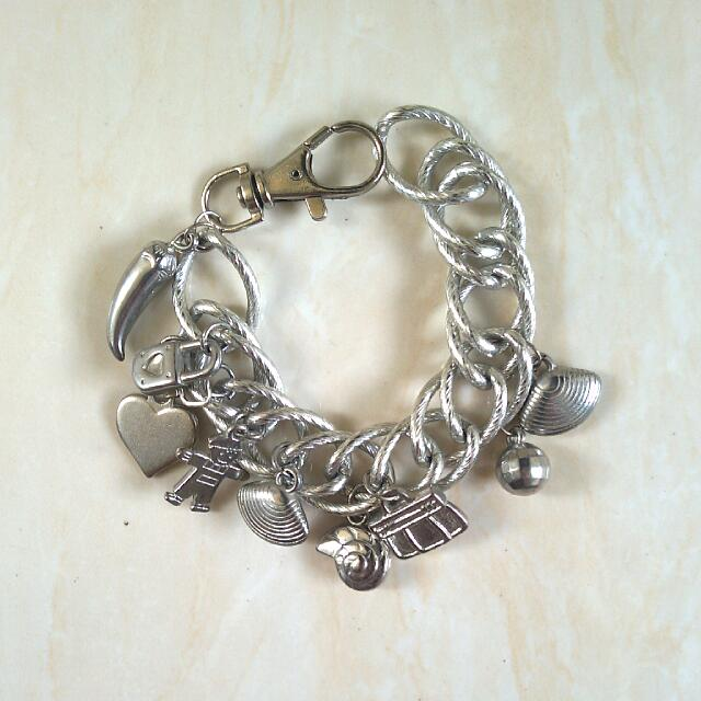 Charm Bracelet ➖ Gelang