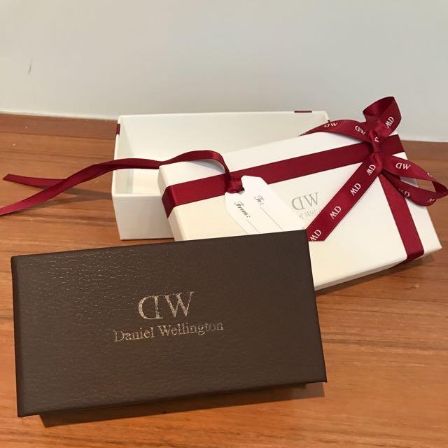 DW Daniel Wellington 禮盒 盒子