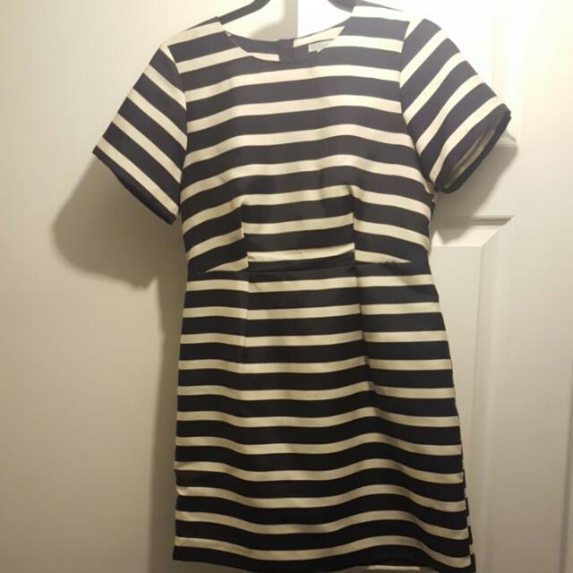 H&M Formal Wear Dress Navy Blue and white stripes Size 10 fits an 8