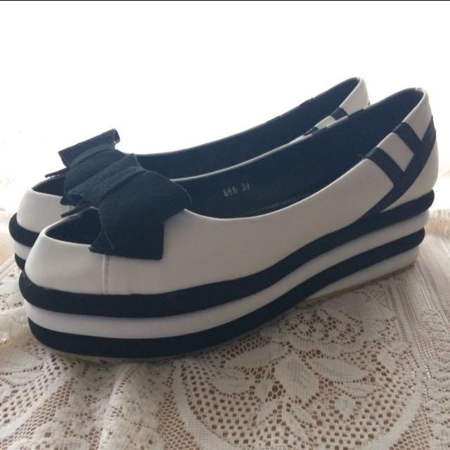 Kaka Korean Brand Platform Shoes
