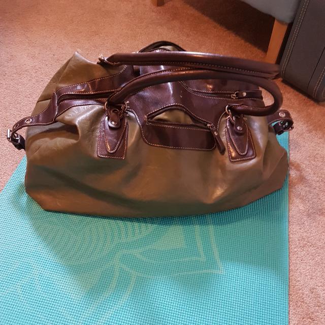 Large Green Dugfle Bag