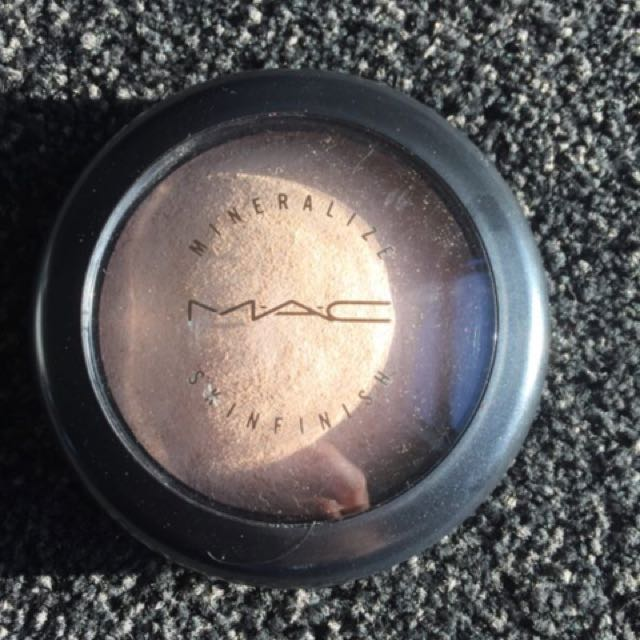 Mac Mineralize Skinfinish Limited Edition