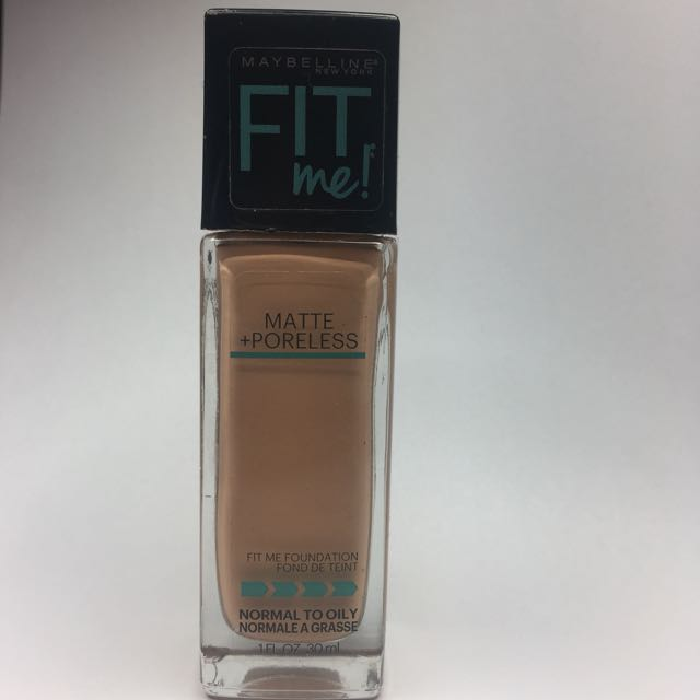 Maybelline Fit me!: Matte + Poreless Foundation 230 Natural Buff