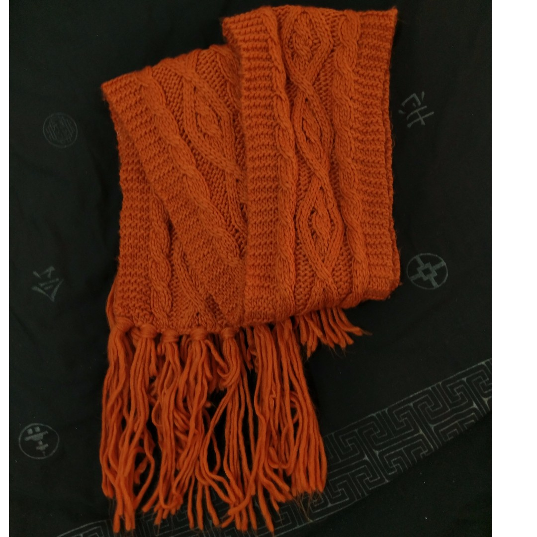MYER cable knift scarf