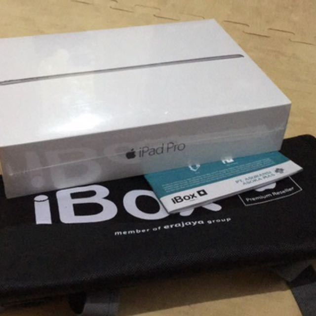 NEW IPad Pro 9.7 Inch Wifi 32 GB