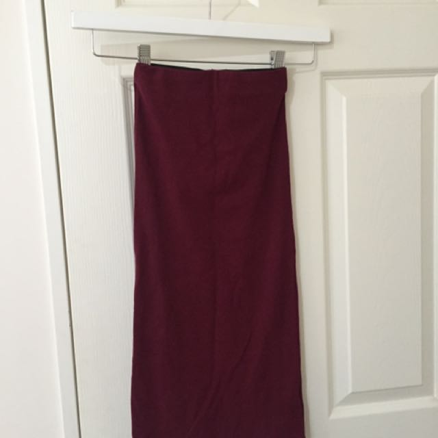 Ribbed Burgundy Midi Skirt