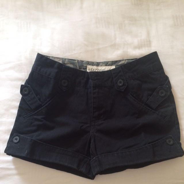 Short Pants I.P.Zone