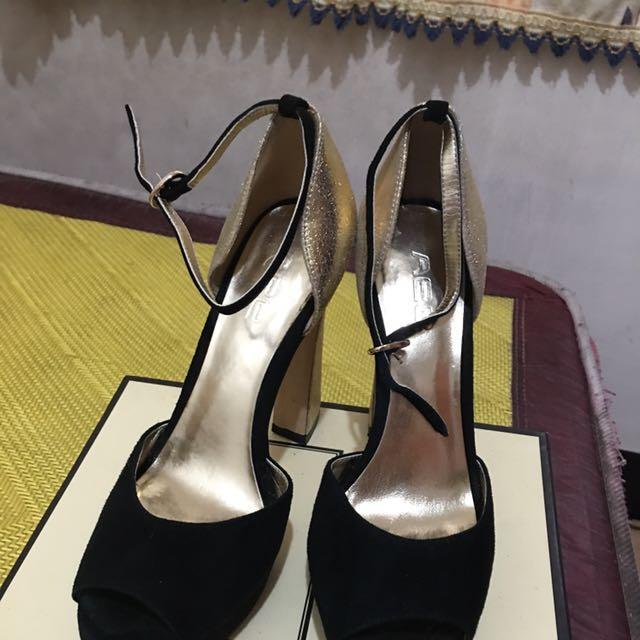 Ysl 聖羅蘭 原單款 金色Mix黑色 高跟鞋 涼鞋 婚禮 夜店派對很適合❤️