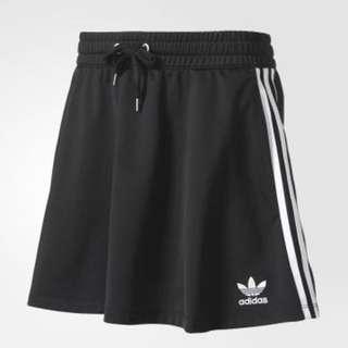 ⭐️全新公司貨⭐️愛迪達 adidas 短裙 bj8176