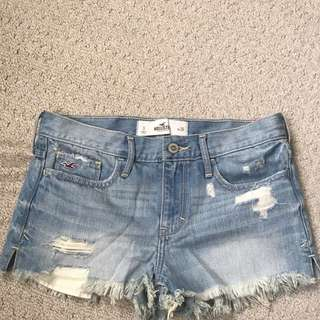 Hollister High Rise Jean Shorts Never Worn Tag On