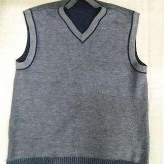 🚚 Half Sweater