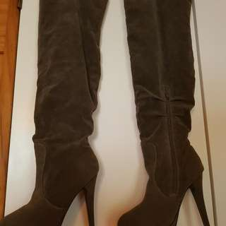 As New  Kinky Thigh Boots
