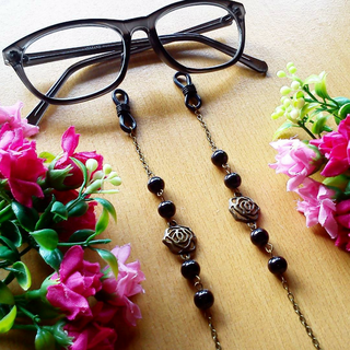 Rantai Kacamata Glasses Strap Black Rose