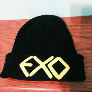 EXO黑色毛帽