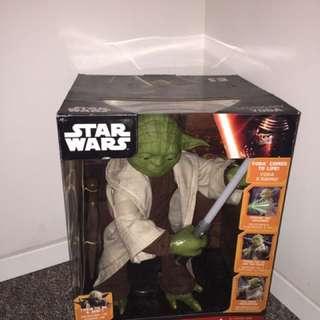 Star Wars legendary Yoda action figure in box
