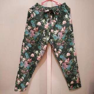 Floral Stretchable Pants