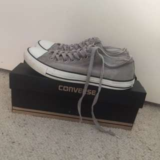 FREE SHIPPING - GREY CONVERSE ALL STAR