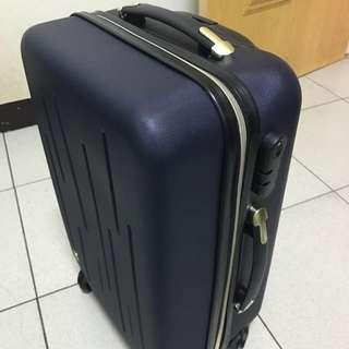 全新20吋登機行李箱