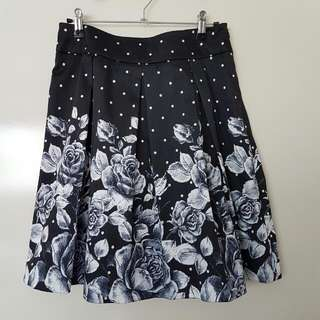 Review Pleated Satin Floral Polka Dot Skirt 8