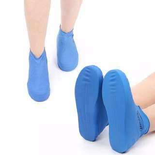 有M.L黃.藍色  好攜帶雨鞋一次性(有現貨)超體貼男就幫您的公主帶一個吧!